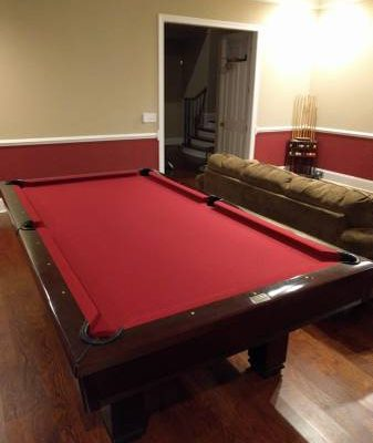 Brunswick Billiards 8ft Table with Lots of Goodies